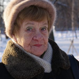 grandma-499167_1920